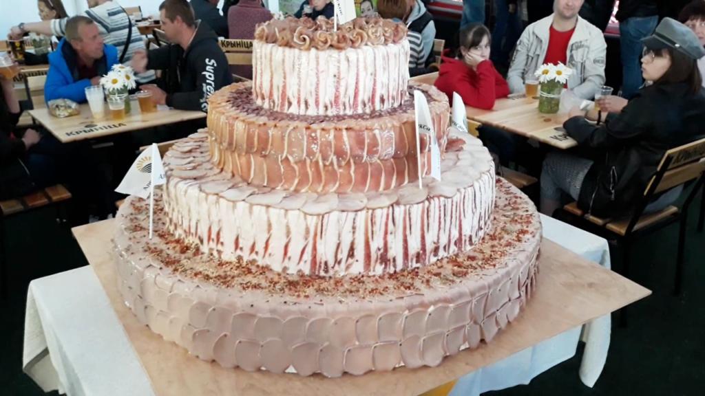 Торт из сала ‒ тоже десерт